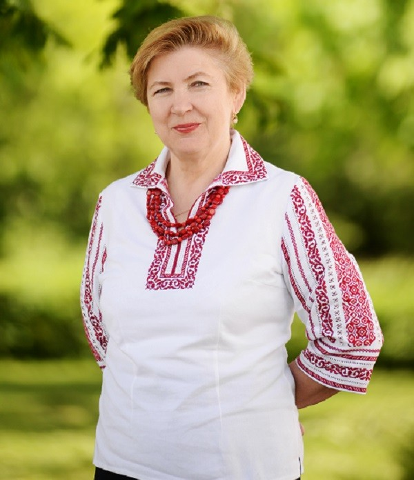 Іванів Галина Хомівна